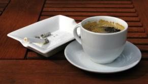 Café y tabaco.
